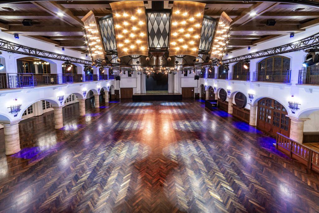 The ballroom_Löwenbräukeller2