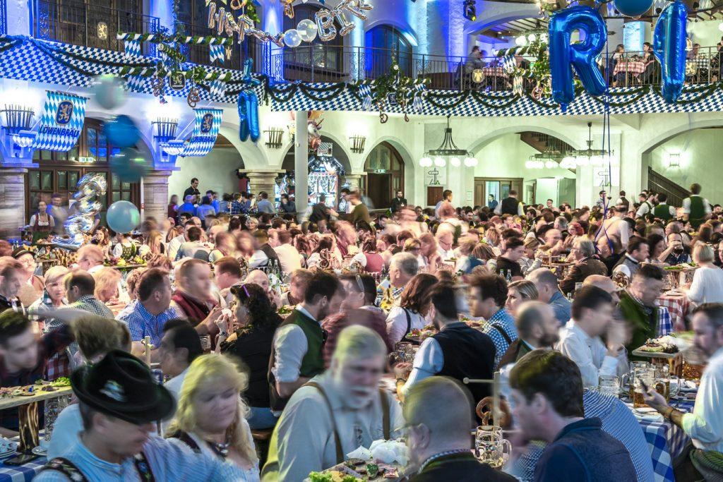 Starkbierfest_Festsaal_Löwenbräukeller