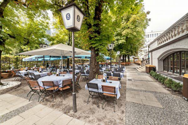 Löwenbräukeller_München_Biergarten